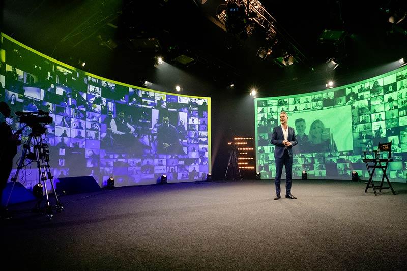 Digitales Mega Event: Vertriebsoffensive Digital by Dirk Kreuter